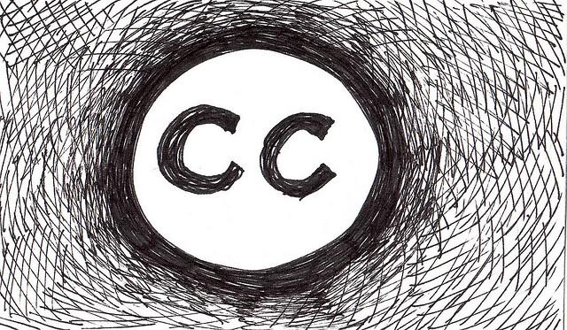 """Imagem: """"Creative Commons logo español"""" publicada por claudio Ruiz em sua galeria no Flickr. Material distribuído por licença de direitos autorais aberta Creative Commons"""