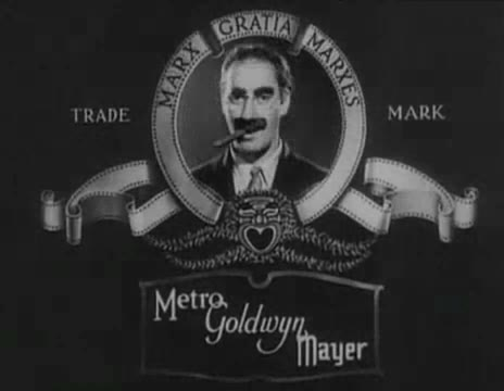 By The Marx Brothers - MGM (Tràiler) [Public domain], via Wikimedia Commons